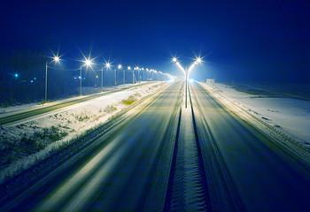 winter highway at night Fotomurales