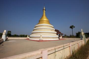 Buddhistische Tempel von Ava in Myanmar