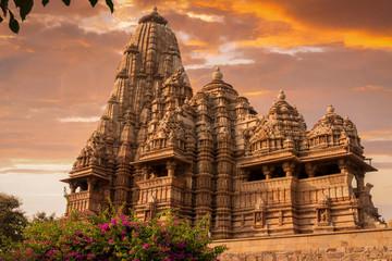 Keuken foto achterwand India Sunset over Kandariya Mahadeva Temple