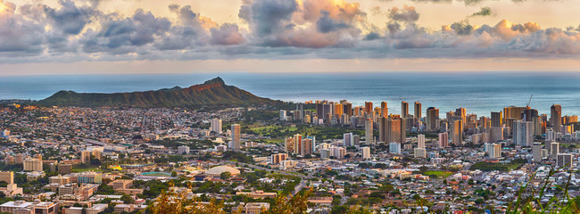 Waikiki and Diamond Head from Tantalus lookout