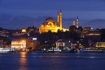 Suleymaniye mosque in Istanbul, Turkey after sunset