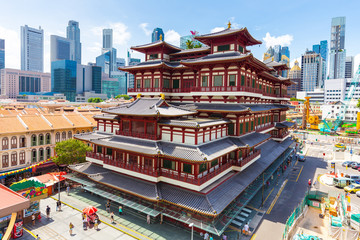 Foto op Plexiglas Singapore The Buddha Tooth Relic Temple in Singapore