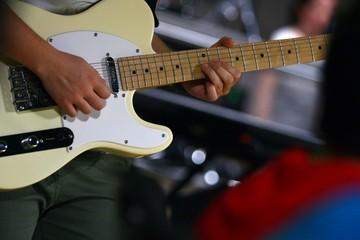 chitarra elettrica in concerto