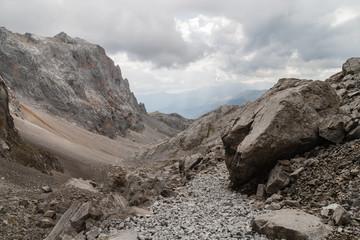Paisaje del Parque Nacional Picos de Europa, Macizo Central. España.