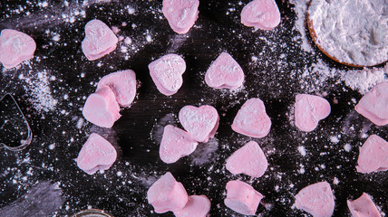 marshmallow hearts with icing sugar