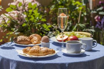 Frühstück mit Sekt