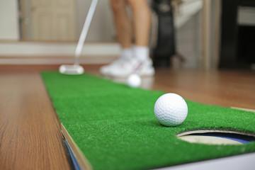 Home Golf Putt Practicing