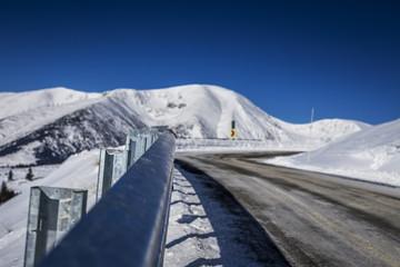 Foto auf Gartenposter Reflexion Beautiful mountain landscape with a winding road