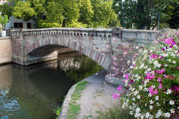 Strazbourg, river and flowers