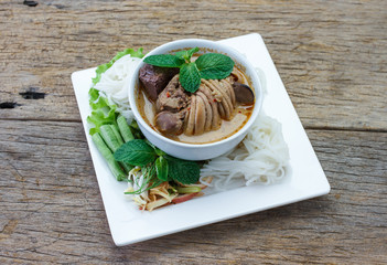 Rice vermicelli with chicken curry sauce and vegetables,select f