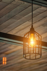 Light of incandescent bulbs in restaurants.