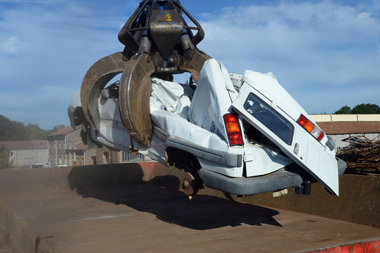 destruction automobile