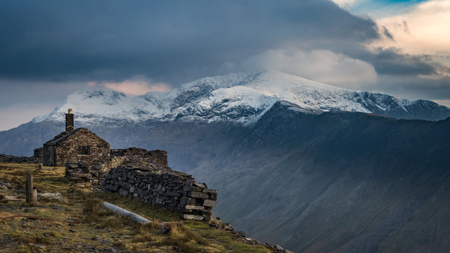 View across the pass to the slopes of Snowdon in evening light from the top of the Dinorwig slate quarries, Llanberis, Snowdonia, Cymru, Wales, UK.
