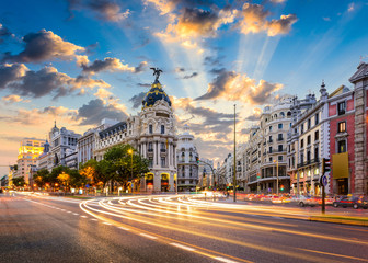 Foto op Plexiglas Madrid Madrid, Spain cityscape at Calle de Alcala and Gran Via.