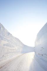 雪の回廊 青森県八甲田