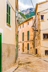 Wall Mural - Alte Gasse in einem mediterranen Berg Dorf