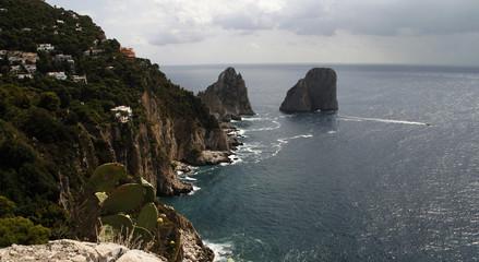 Faraglioni di Mezzo, Capri island - Italy