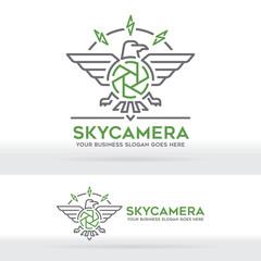 Eagle and Camera brand logo. Nature photography. Freedom photographer. Photography and travel business identity.