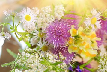 Bouquet of spring flowers - fototapety na wymiar