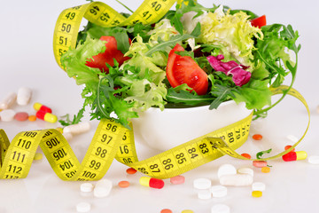 Lettuce, Diet concept and pills