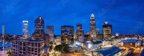 Fotomurales Skyline of downtown Charlotte in north carolina