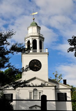 Lenox, Massachusetts: The 1805 Church on the Hill erected by architect and builder Benjamin D. Goodrich based on a design by Asher Benjamin