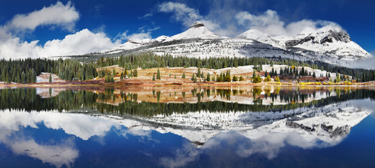 Fototapete - Molas Lake, USA