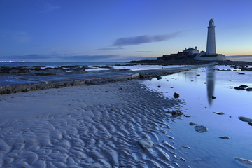 Dawn at St. Mary's Lighthouse, Whitley Bay, England