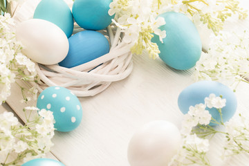 Easter decoration with eggs and flowers