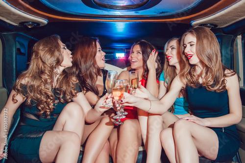 Фотосессия с вечеринки лесбиянок  257245