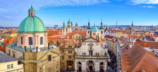 Foto op Aluminium Praag Panoramic citiscape of Prague viewed from Charles Bridge