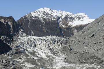 Glaciar Fox en la costa oeste de Nueva Zelanda