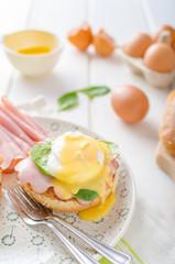 Egg Benedict with ham