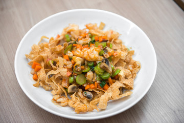 Crispy nodle stir fried