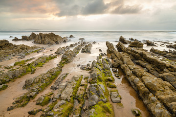 Rocas y Mar Cantábrico. Playa de Vega, Asturias.