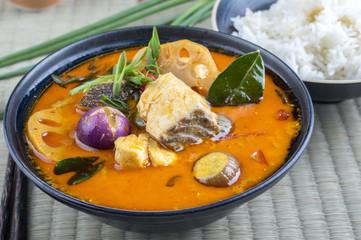 Thai Fisch Suppe Tom Yam Pla
