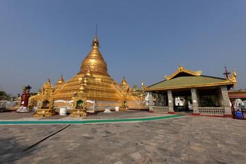 Eindawya Pagode von Mandalay in Myanmar