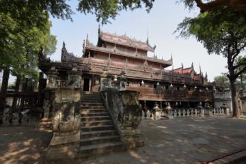 Shwenandaw Kyaung Tempel in Mandalay