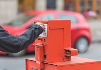 Automat für Tageszeitungen