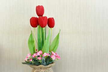 Red tulips in Home Decor