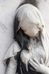 Statue at the famous Parisian cemetery Père Lachaise