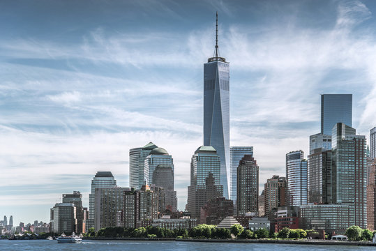 Skyline of lower Manhattan of New York City with World Trade Center