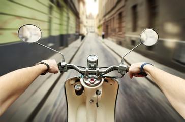 Photo sur Plexiglas Scooter Driving