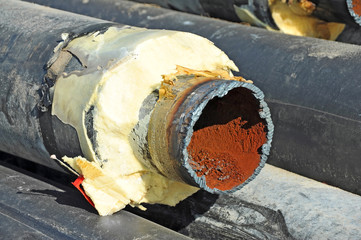 Steel pipe with heat insulation