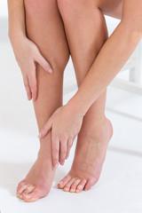 Douleurs Jambes Femme