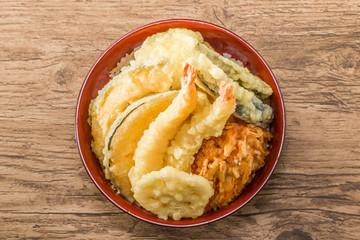 よくある天重と天丼 Japanese foods of tempura and the rice