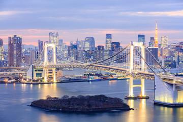 Poster Tokyo Tokyo skyline with Tokyo tower and rainbow bridge