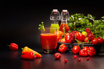 healthy vegetable juices for refreshment and as an antioxidant .