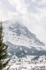 Grindelwald, Bergdorf, Dorf, Eiger, Eigernordwand, Alpen, Schweizer Berge, Winterferien, Wintersport, Kleine Scheidegg, Skipiste, Bergbahnen, Winter, Berner Oberland, Schweiz