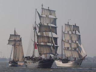 Segelschiffe bei der Regatta